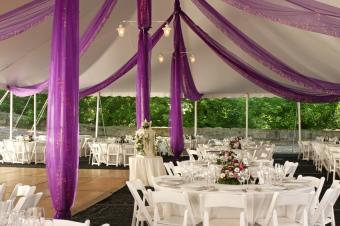 https://cf.ltkcdn.net/weddings/images/slide/169141-849x565-bunting.jpg