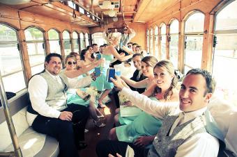 https://cf.ltkcdn.net/weddings/images/slide/172779-849x565-Trolley-ride.jpg
