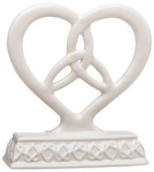 https://cf.ltkcdn.net/weddings/images/slide/174965-315x350-triny-knot-heart.jpg