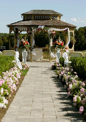 gazebo with tulle and flowers