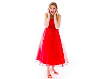 https://cf.ltkcdn.net/weddings/images/slide/194491-668x510-Red-prom-dress.jpg