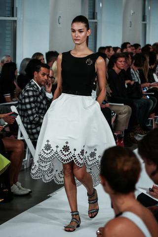 gown by Oscar de la Renta