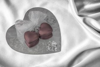 LOVE Heart-Shaped Compact Mirror Wedding Favors