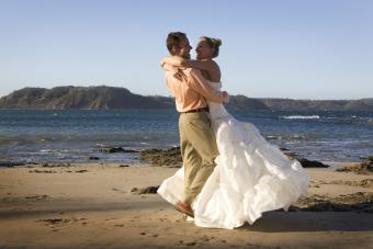 Americans Getting Married in Costa Rica