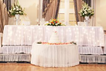 cake table in front of head table