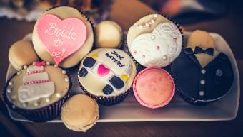 bridal shower cupcake designs