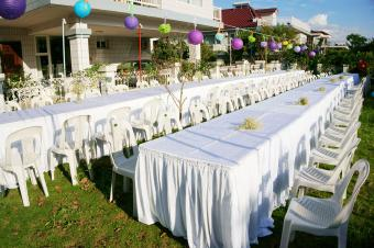 Tables at outdoor wedding setting