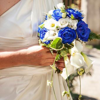https://cf.ltkcdn.net/weddings/images/slide/241257-850x850-20-calla-lily-bridal-bouquets.jpg