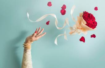 Opt for a Toss Bouquet