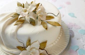 Orchids in wedding cake
