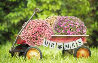red wagon wedding decoration