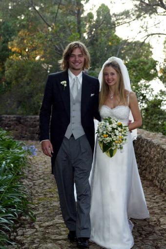 Mira Sorvino with Chris Backus at wedding
