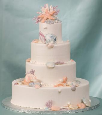 pastel shell wedding cake