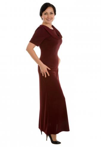 Full dress with flared hem