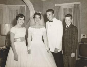 1950s Portrait of a Bride and Groom