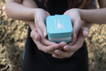 Metal wedding keepsake box