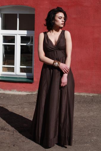 Sleeveless V-Neck Long Dress