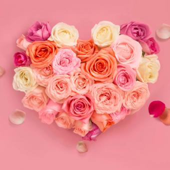 https://cf.ltkcdn.net/weddings/images/slide/249228-850x850-2-valentines-day-wedding-centerpieces.jpg
