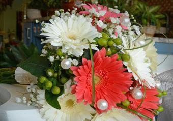 https://cf.ltkcdn.net/weddings/images/slide/250757-850x595-10_magical_bouquet.jpg