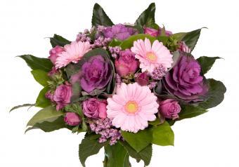 https://cf.ltkcdn.net/weddings/images/slide/250758-850x595-11_bouquet_cabbage_flower.jpg