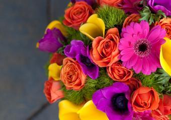 https://cf.ltkcdn.net/weddings/images/slide/250766-850x595-19_bouquet_purple_pink.jpg