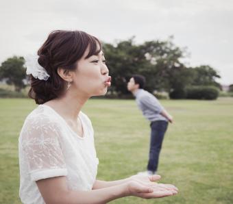 https://cf.ltkcdn.net/weddings/images/slide/254079-850x744-7-crazy-wedding-pictures.jpg