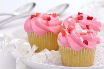 Valentine cupcakes with roses