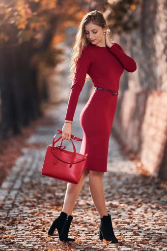 Woman wearing a fall red dress