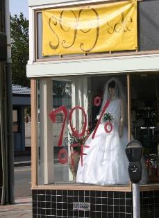 Cheap_wedding_dress.jpg