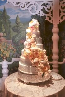 8-tier peach floral wedding cake by Jasmine Bojic