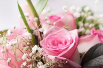 Summer wedding bouquet with pink roses