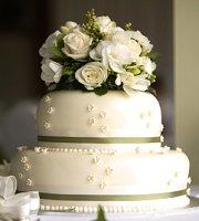 wedding cakes real flowers pictures simple wedding cakes with fresh flowers lovetoknow 25336