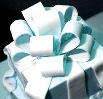 Image of a Tiffany box wedding cake
