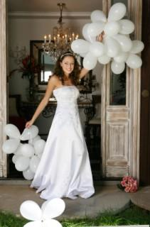 balloons and bride