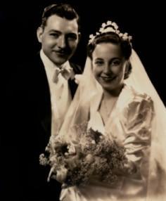 1940s wedding couple