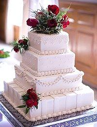 Ideas for square wedding cakes lovetoknow square wedding cakes junglespirit Gallery