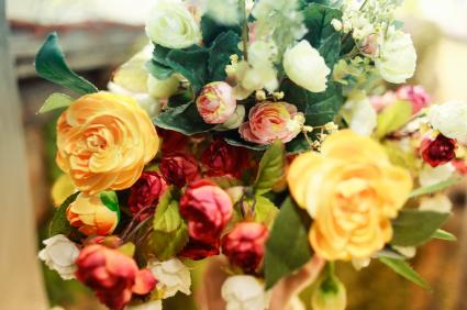 create your own wedding bouquet how to make your own bridal bouquet lovetoknow 3181