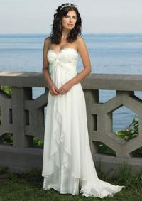 167c5eec230e Tips for Choosing a Second Wedding Dress | LoveToKnow