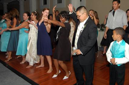 wedding line dances
