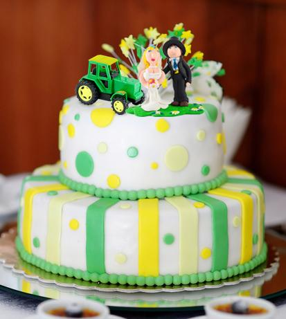 green tractor cake
