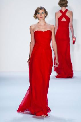 gliding gown in red