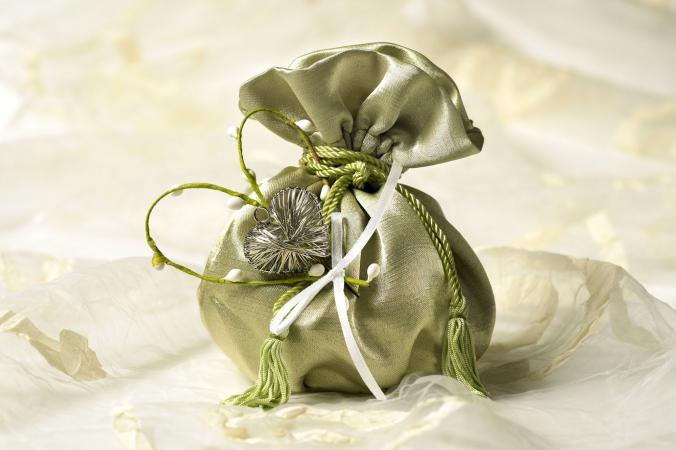 Silky green wedding favor bag
