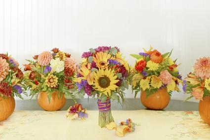 Display of autumn wedding flowers