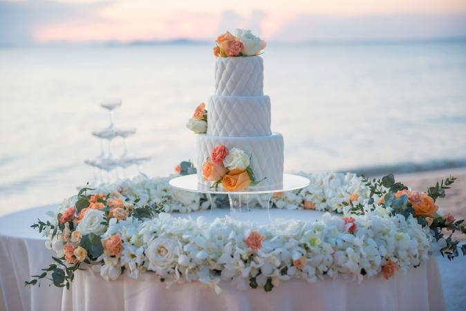 Quilted wedding cake pattern