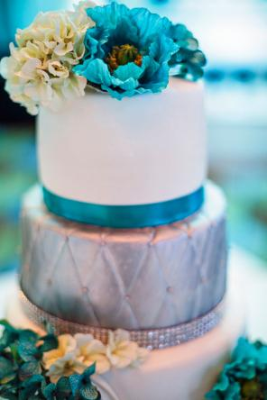 Blue and silver metallic quilted cake