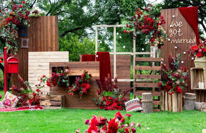 rustic wood and red theme