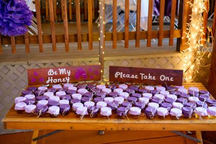 Be My Honey wedding favors on table