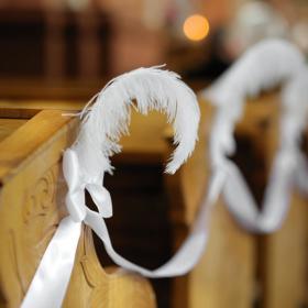 Feather wedding decoration