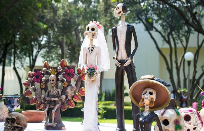Halloween Wedding Decorations