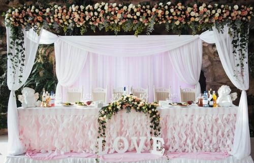 decorated table in the main hall wedding